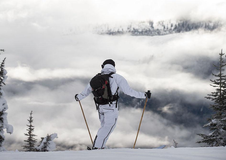fire-ice-copos-ski-center-val-d-aran-ski-shop